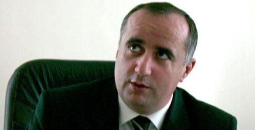 აკაკი ბობოხიძე: მოწოდებები პრემიერის საქმე არ არის!