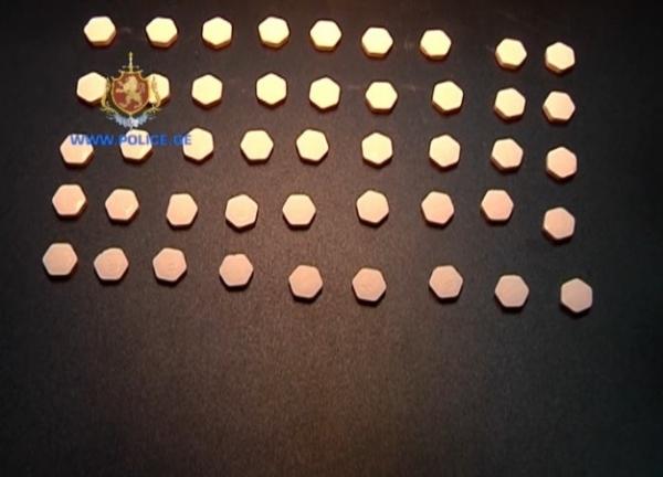 ნარკოტიკული საშუალებები საქართველოში თურქეთიდან, აეროპორტის გავლით შემოჰქონდათ