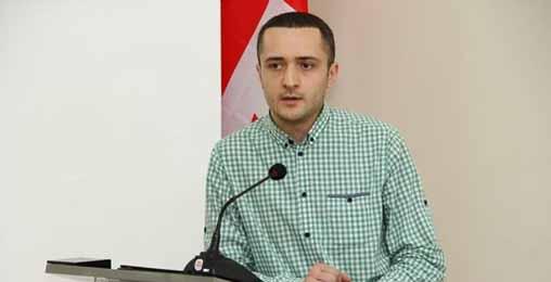 """ქართული ლიტერატურული კრიტიკა """"ცოცხლდება""""!"""